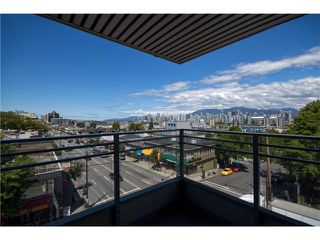 "Photo 9: 405 2520 MANITOBA Street in Vancouver: Mount Pleasant VW Condo for sale in ""VUE"" (Vancouver West)  : MLS®# V1028189"