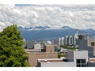 "Photo 11: 405 2520 MANITOBA Street in Vancouver: Mount Pleasant VW Condo for sale in ""VUE"" (Vancouver West)  : MLS®# V1028189"