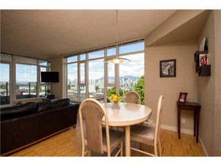 "Photo 3: 405 2520 MANITOBA Street in Vancouver: Mount Pleasant VW Condo for sale in ""VUE"" (Vancouver West)  : MLS®# V1028189"