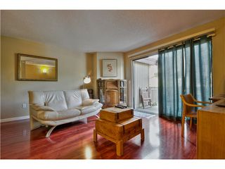 "Photo 5: 4 319 HIGHLAND Way in Port Moody: North Shore Pt Moody Townhouse for sale in ""HIGHLAND PARK"" : MLS®# V1028361"