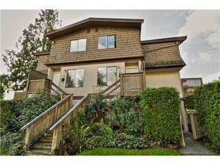 "Photo 1: 4 319 HIGHLAND Way in Port Moody: North Shore Pt Moody Townhouse for sale in ""HIGHLAND PARK"" : MLS®# V1028361"