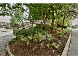 "Photo 3: 4 319 HIGHLAND Way in Port Moody: North Shore Pt Moody Townhouse for sale in ""HIGHLAND PARK"" : MLS®# V1028361"