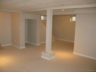 Photo 13: 704 Talbot Avenue in WINNIPEG: East Kildonan Single Family Detached for sale (North East Winnipeg)  : MLS®# 1323855
