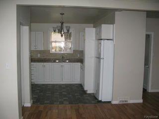 Photo 4: 704 Talbot Avenue in WINNIPEG: East Kildonan Single Family Detached for sale (North East Winnipeg)  : MLS®# 1323855