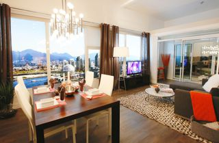 Photo 2: 902 1783 Manitoba Street in Vancouver: False Creek Condo for sale (Vancouver West)