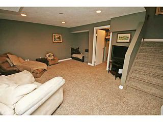 Photo 17: 151 123 QUEENSLAND Drive SE in CALGARY: Queensland Townhouse for sale (Calgary)  : MLS®# C3627911