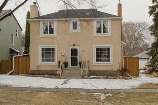 Photo 2: 1161 Mulvey Avenue in Winnipeg: Single Family Detached for sale (Crescentwood)  : MLS®# 1506947