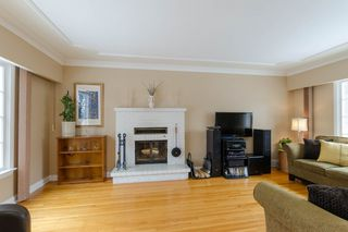 Photo 4: 1161 Mulvey Avenue in Winnipeg: Single Family Detached for sale (Crescentwood)  : MLS®# 1506947