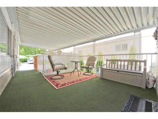 Photo 2: 18 8560 156 STREET in Surrey: Fleetwood Tynehead Manufactured Home for sale : MLS®# R2042111
