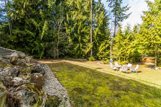 Photo 18: 2589 Centennial Drive in Blind Bay: Shuswap Lake Estates House for sale : MLS®# 10113870