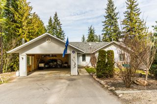 Photo 3: 2589 Centennial Drive in Blind Bay: Shuswap Lake Estates House for sale : MLS®# 10113870