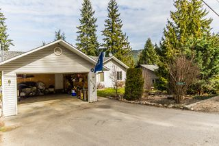 Photo 4: 2589 Centennial Drive in Blind Bay: Shuswap Lake Estates House for sale : MLS®# 10113870