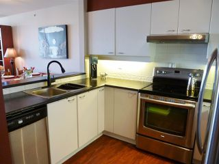 Photo 9: 1802 10 LAGUNA COURT in New Westminster: Quay Condo for sale : MLS®# R2067564