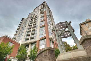 Photo 3: 1006 550 Taylor Street in Vancouver: Downtown VE Condo for sale (Vancouver East)