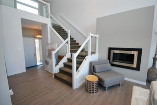 Photo 4: 47 Turnstone Terrace in Winnipeg: South Pointe Single Family Detached for sale (1R)