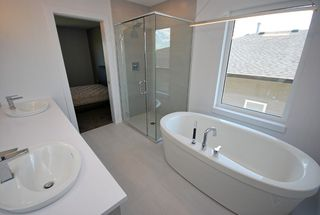 Photo 9: 47 Turnstone Terrace in Winnipeg: South Pointe Single Family Detached for sale (1R)