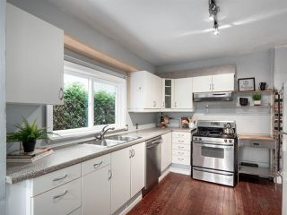 Photo 9: 263 E 32ND AVENUE in Vancouver: Main House for sale (Vancouver East)  : MLS®# R2359937