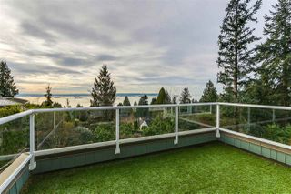 "Photo 15: 2668 PALMERSTON Avenue in West Vancouver: Dundarave House for sale in ""DUNDARAVE"" : MLS®# R2402610"