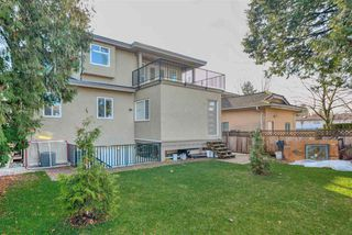 Photo 19: 7813 GRAHAM Avenue in Burnaby: East Burnaby House for sale (Burnaby East)  : MLS®# R2420148