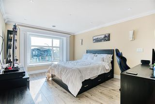 Photo 15: 7813 GRAHAM Avenue in Burnaby: East Burnaby House for sale (Burnaby East)  : MLS®# R2420148