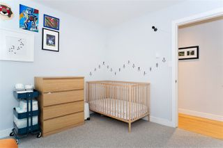 "Photo 11: 216 555 W 14TH Avenue in Vancouver: Fairview VW Condo for sale in ""The Cambridge"" (Vancouver West)  : MLS®# R2447183"