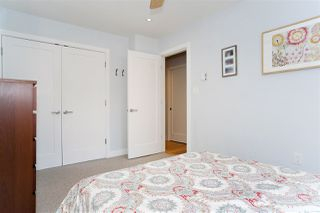 "Photo 15: 216 555 W 14TH Avenue in Vancouver: Fairview VW Condo for sale in ""The Cambridge"" (Vancouver West)  : MLS®# R2447183"