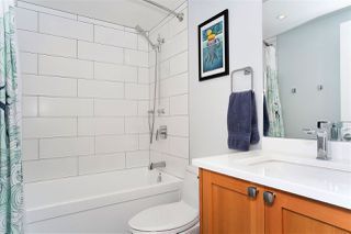 "Photo 9: 216 555 W 14TH Avenue in Vancouver: Fairview VW Condo for sale in ""The Cambridge"" (Vancouver West)  : MLS®# R2447183"
