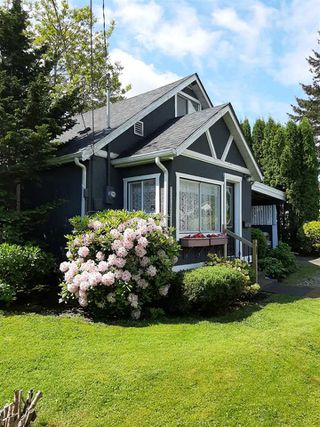 Photo 3: 45748 LEWIS Avenue in Chilliwack: Chilliwack N Yale-Well House for sale : MLS®# R2460549