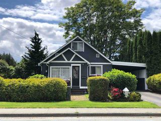 Photo 1: 45748 LEWIS Avenue in Chilliwack: Chilliwack N Yale-Well House for sale : MLS®# R2460549