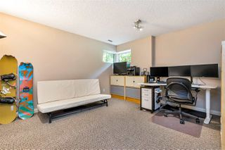 "Photo 31: 9279 GOLDHURST Terrace in Burnaby: Forest Hills BN Townhouse for sale in ""Copper Hill"" (Burnaby North)  : MLS®# R2466536"