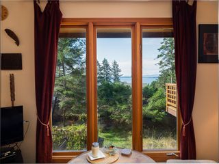 Photo 5: 3721 Privateers Rd in : GI Pender Island Single Family Detached for sale (Gulf Islands)  : MLS®# 854926