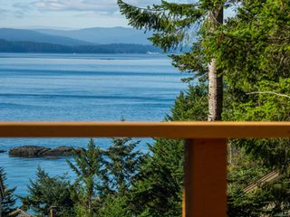 Photo 30: 3721 Privateers Rd in : GI Pender Island Single Family Detached for sale (Gulf Islands)  : MLS®# 854926