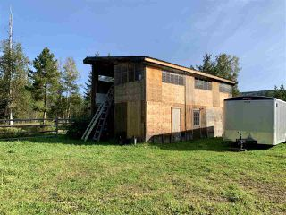 Photo 5: 23552 RIDGE Road in Smithers: Smithers - Rural House for sale (Smithers And Area (Zone 54))  : MLS®# R2498537