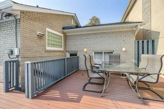 Photo 29: 1 Yewfield Crescent in Toronto: Banbury-Don Mills House (Bungalow) for lease (Toronto C13)  : MLS®# C4997589