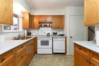 Photo 5: 308 Larwood Rd in : CR Willow Point House for sale (Campbell River)  : MLS®# 862395