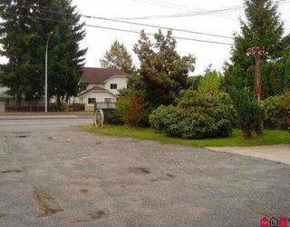 Photo 7: 9271 - 9273 152ND ST in Surrey: Fleetwood Tynehead Duplex for sale : MLS®# F2522984