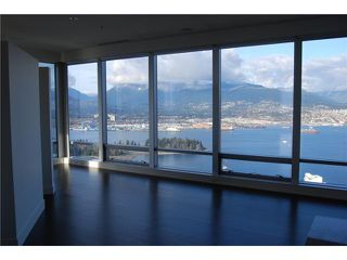 "Photo 6: 5902 1128 W GEORGIA Street in Vancouver: West End VW Condo for sale in ""LIVING SHANGRI-LA"" (Vancouver West)  : MLS®# V932205"