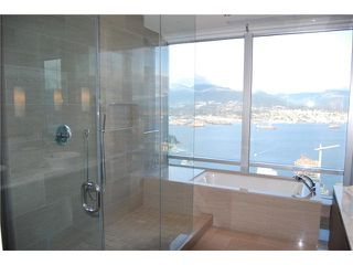 """Photo 8: 5902 1128 W GEORGIA Street in Vancouver: West End VW Condo for sale in """"LIVING SHANGRI-LA"""" (Vancouver West)  : MLS®# V932205"""