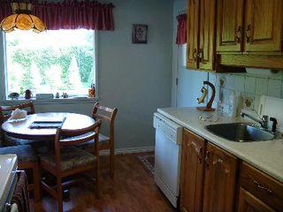 Photo 5: 631 HARRISON AV in Coquitlam: House for sale (Canada)  : MLS®# V594013