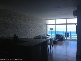 Photo 10: Ocean Waves Tower 2 - 1 Bedroom