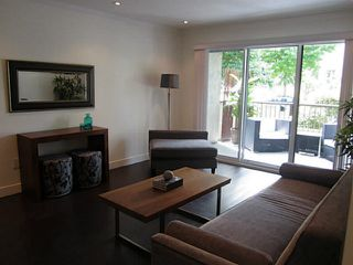 Photo 4: 213 808 E 8TH Avenue in Vancouver: Mount Pleasant VE Condo for sale (Vancouver East)  : MLS®# V1024076