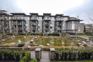 Photo 11: # 213 7428 BYRNEPARK WK in Burnaby: South Slope Condo for sale (Burnaby South)  : MLS®# V1050179