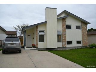 Photo 1: 131 Long Point Bay in WINNIPEG: Transcona Residential for sale (North East Winnipeg)  : MLS®# 1422437