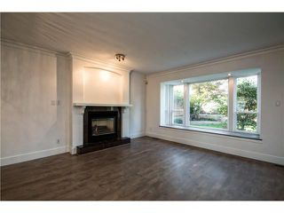 Photo 4: 305 W 28TH ST in North Vancouver: Upper Lonsdale House for sale : MLS®# V1090443