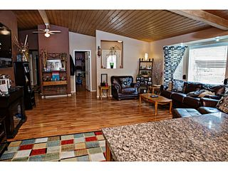 Photo 15: 33086 CHERRY AV in Mission: Mission BC House for sale : MLS®# F1446859
