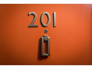 Photo 4: # 201 4372 FRASER ST in Vancouver: Fraser VE Condo for sale (Vancouver East)  : MLS®# V1127230