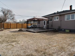 Photo 2: 185 Howden Road in : Windsor Park Residential for sale (South Winnipeg)  : MLS®# 1608536