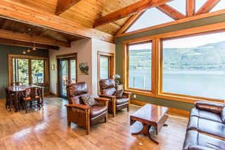 Photo 5: 8 6432 Sunnybrae Canoe Pt Road in Tappen: Steamboat Shores House for sale (Tappen-Sunnybrae)  : MLS®# 10116220
