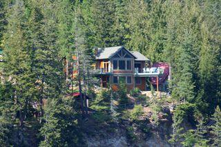 Photo 1: 8 6432 Sunnybrae Canoe Pt Road in Tappen: Steamboat Shores House for sale (Tappen-Sunnybrae)  : MLS®# 10116220