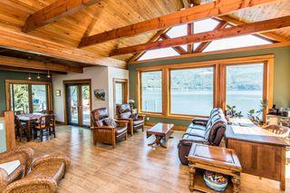 Photo 6: 8 6432 Sunnybrae Canoe Pt Road in Tappen: Steamboat Shores House for sale (Tappen-Sunnybrae)  : MLS®# 10116220